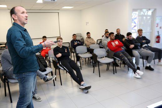 Philippe Fluckinger avec les jeunes pros montpelliérains...